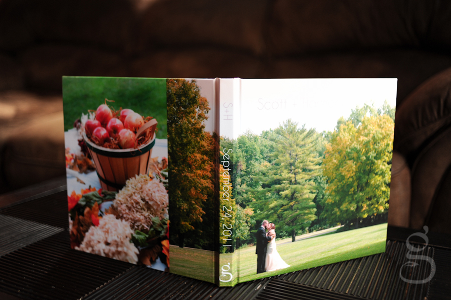 Artbook photo wrap cover with apples and couple on front.